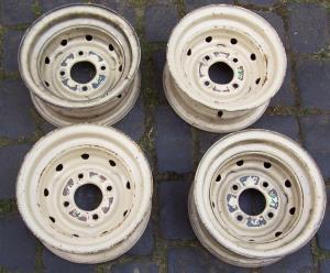4 Stahlfelgen 4,5X10 LP918 Preis 480,00 Euro.